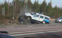police-car-crash-1340532103.jpg